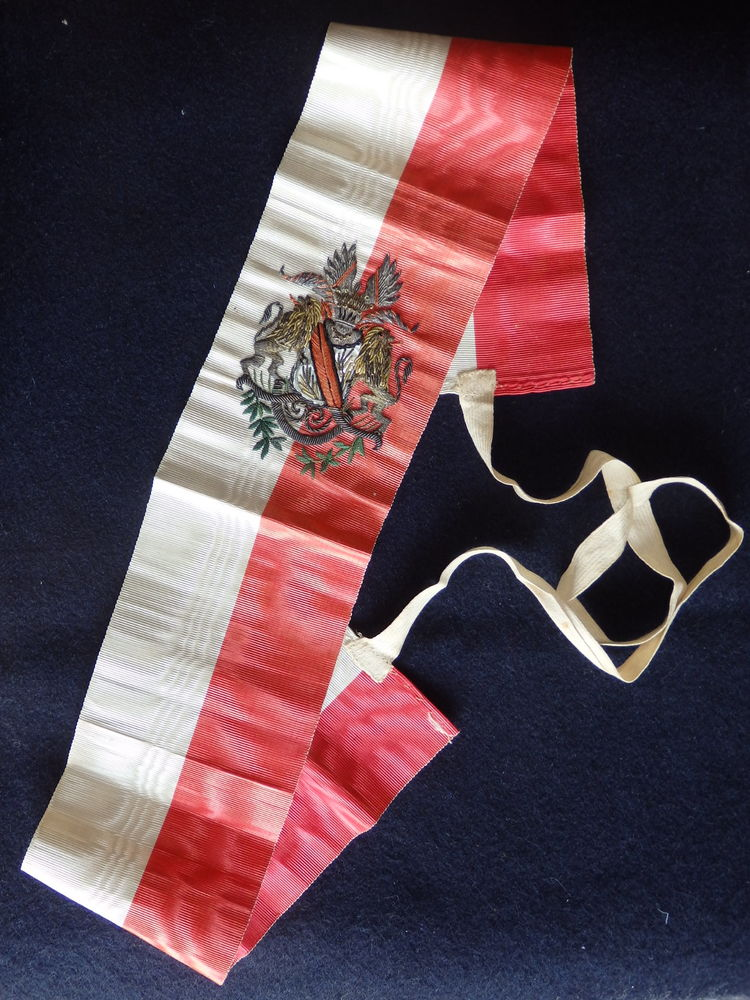 Echarpe  avec Armoiries de Strasbourg,  90 Notre-Dame-de-Bellecombe (73)