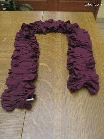 Echarpe bordeaux neuve longueur 1m 0 Mérignies (59)
