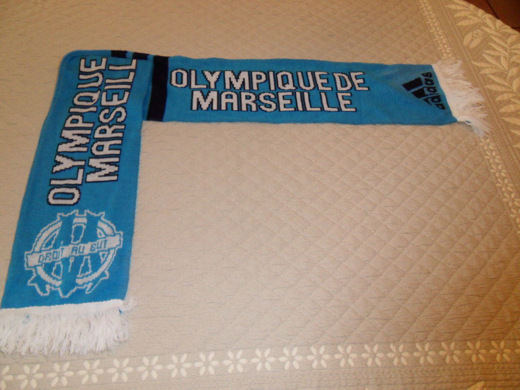 Echarpe Fan Club Football Olympique de MARSEILLE. 10 Mèze (34)