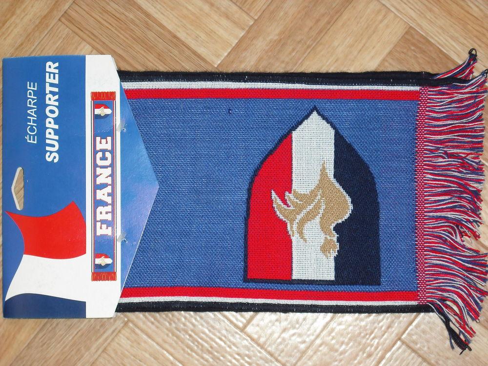 Echarpe Supporter FRANCE neuve 10 euros 10 Cramont (80)