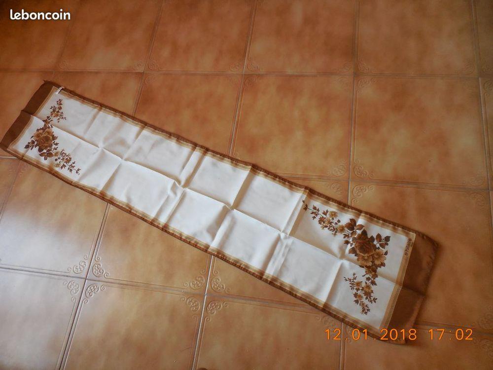écharpe vintage 4 Sète (34)