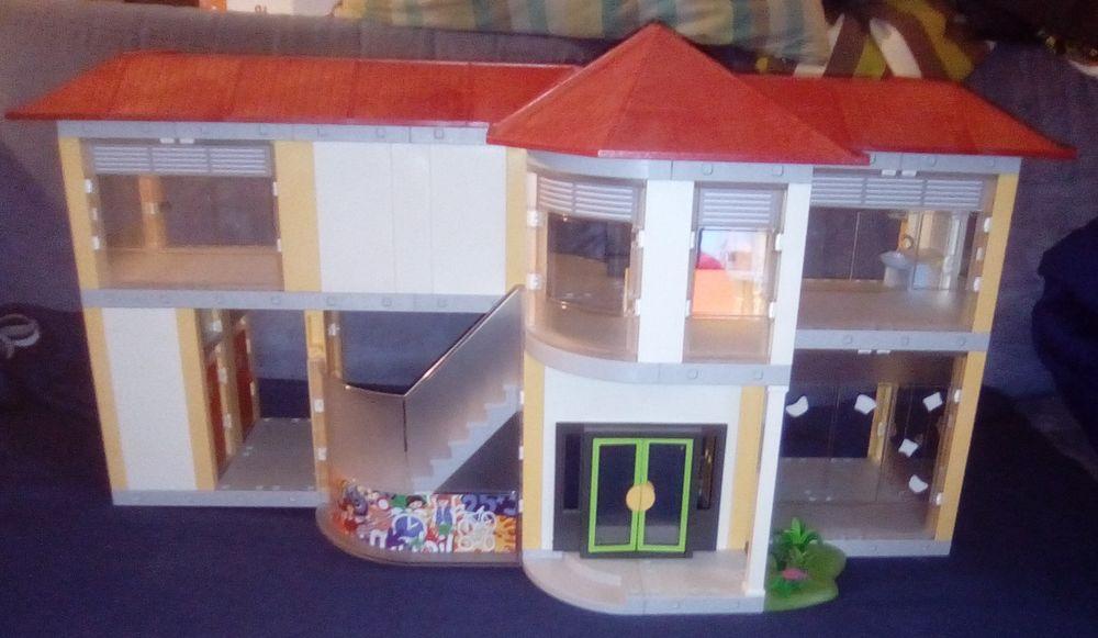 école Playmobil 35 Beauchamp (95)