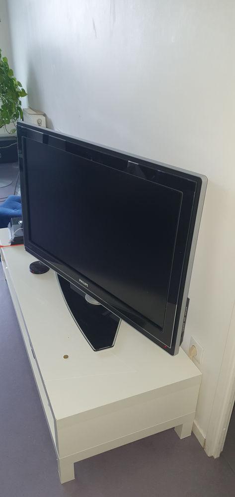 TV ECRAN LCD PHILIPS 42  107 Cm AMBILIGHT  REF: 42PFL9632D 200 Bagneux (92)