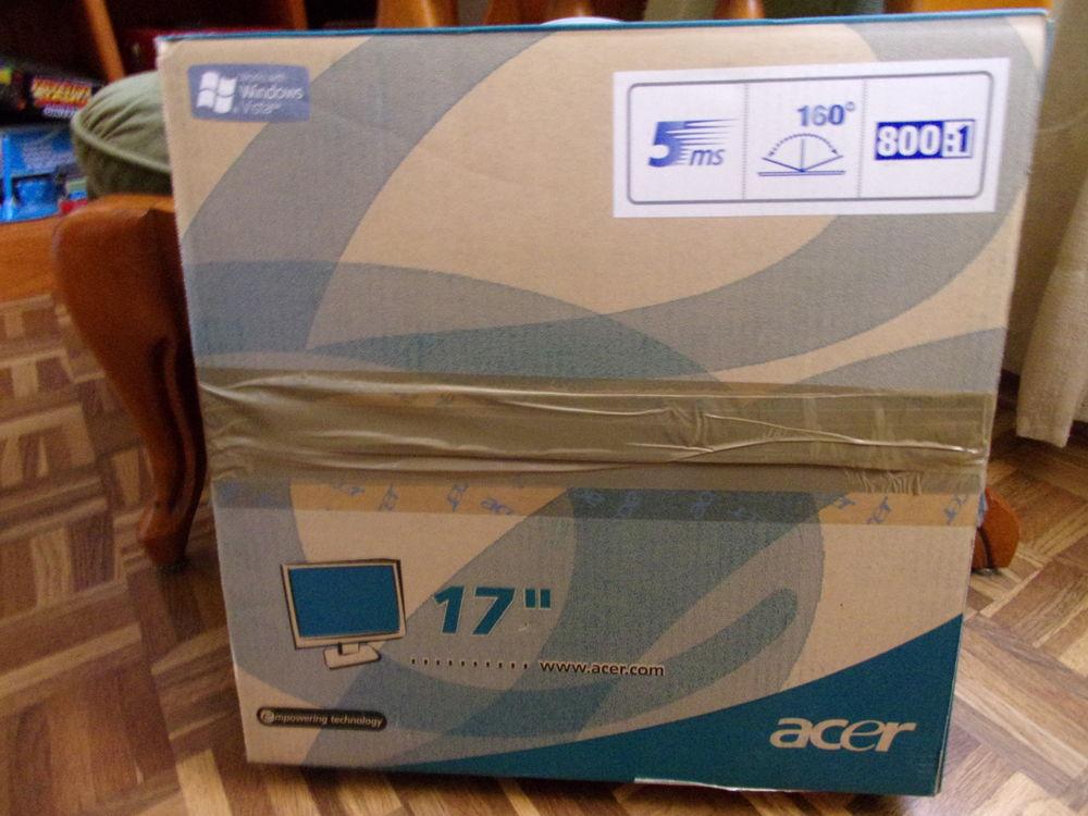 Ecran PC  100 Saint-Yzan-de-Soudiac (33)