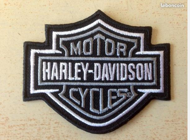 Écusson harley davidson bar and shield noir et blanc 8x6 cm 5 Carnon Plage (34)