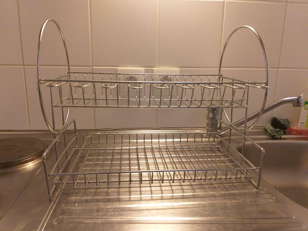 Égouttoir à vaisselle 8 Avignon (84)