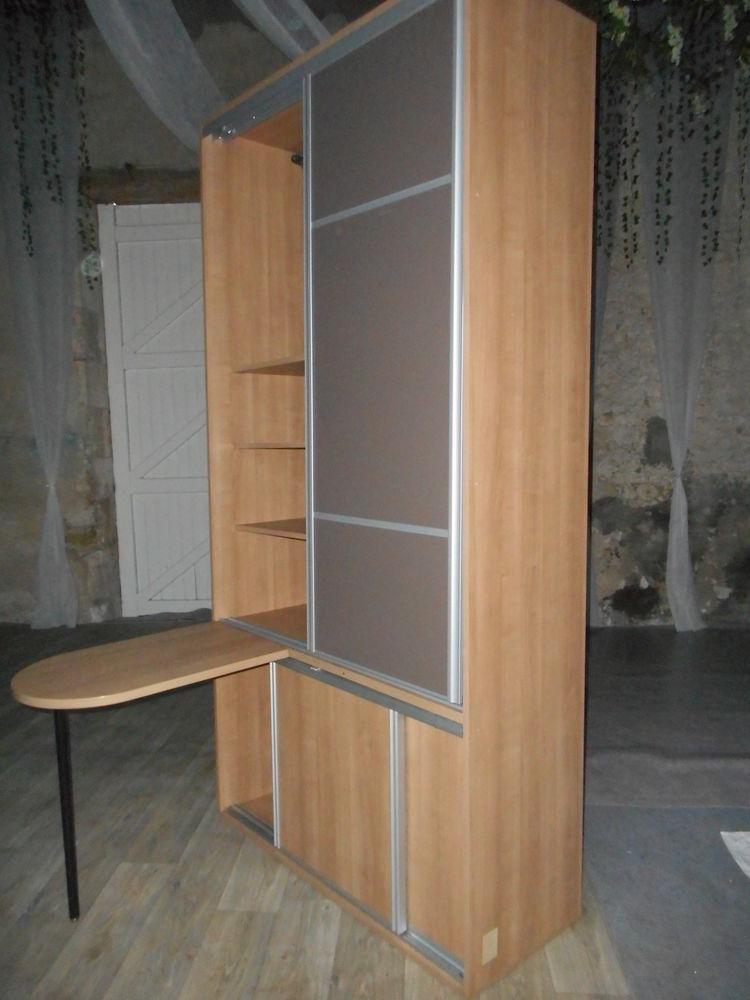 element agencement avec table sur son pied faire prix  200 Saran (45)