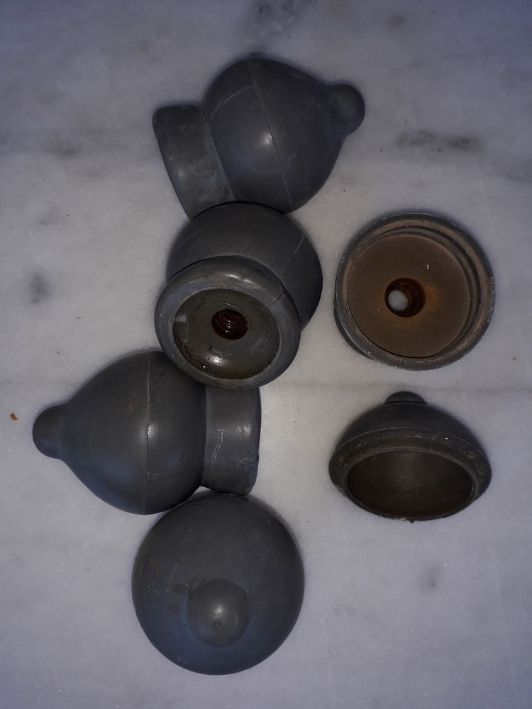5 embouts coupoles plastiques 5 Montpellier (34)
