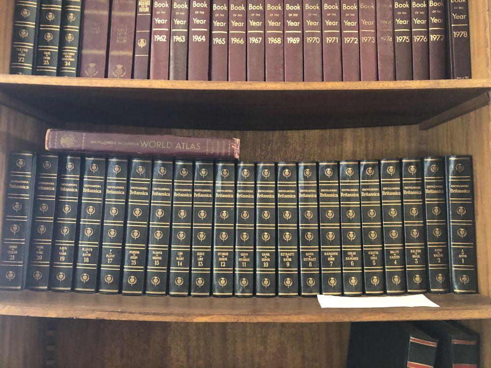 encyclopedia britannica 100 Saint-Raphaël (83)