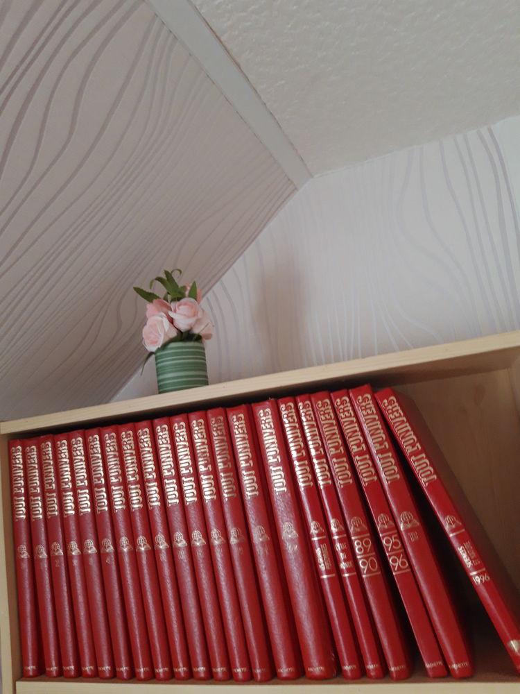 .Encyclopedie larousse Livres et BD