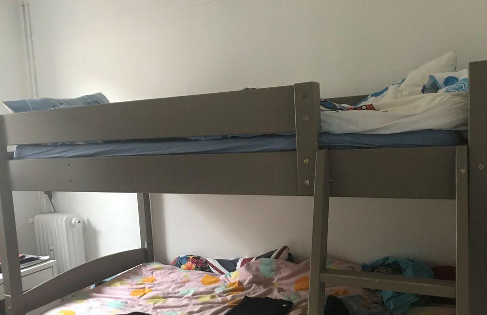Lit enfant 140/190 Echelle (sur la photo, lit du haut) 0 Châtenay-Malabry (92)