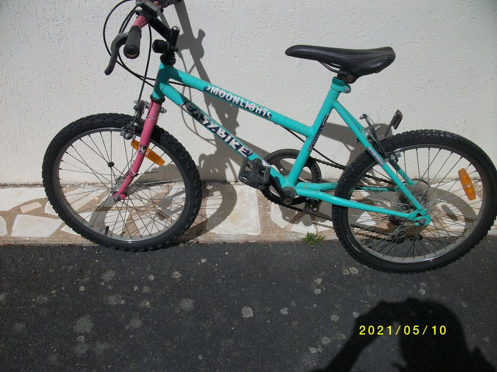 VTT enfants 6/10 ans marque MOONLIGHT5 vitesses Vélos