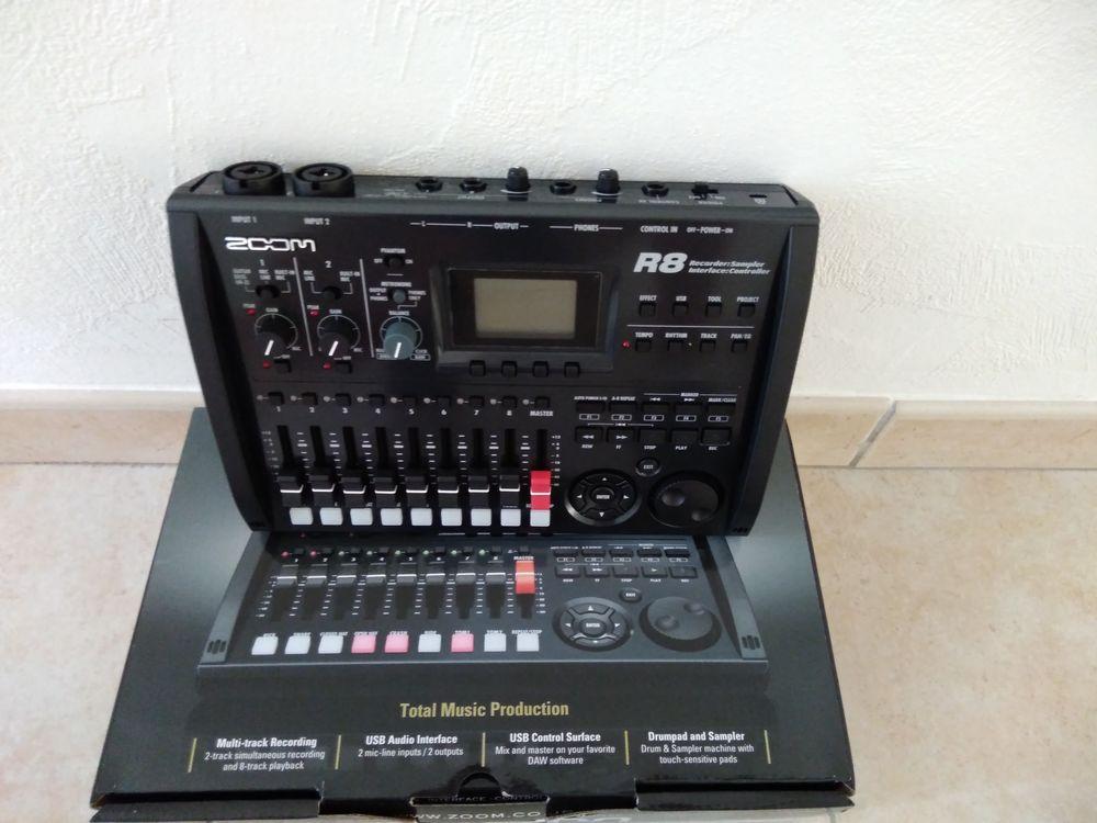 enregistreur numérique Zoom R8 205 Sablé-sur-Sarthe (72)
