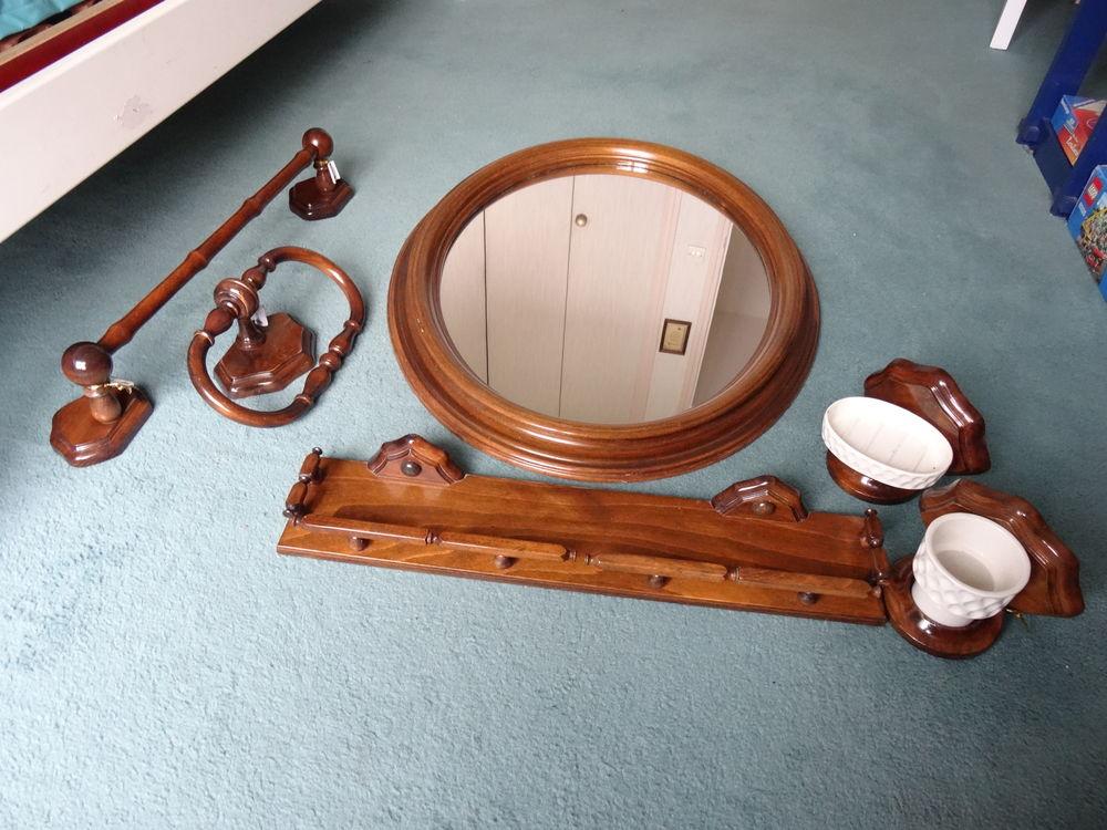 Ensemble de 6 accessoires de salle de bain 150 Juvisy-sur-Orge (91)