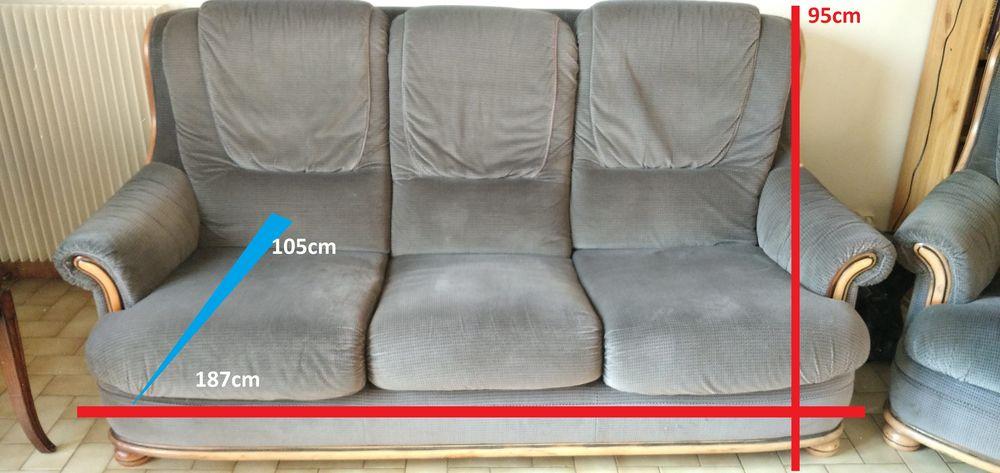 Ensemble canapé et deux fauteuils en tissu gris 200 Bry-sur-Marne (94)