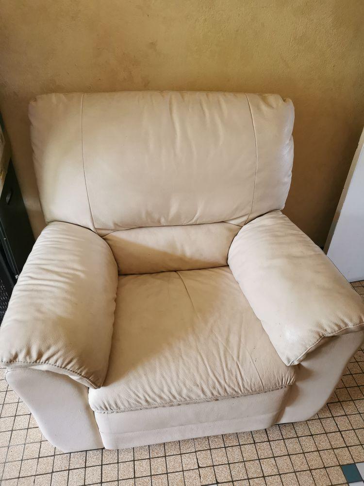 Ensemble canapé et meuble tv 230 Ginestet (24)