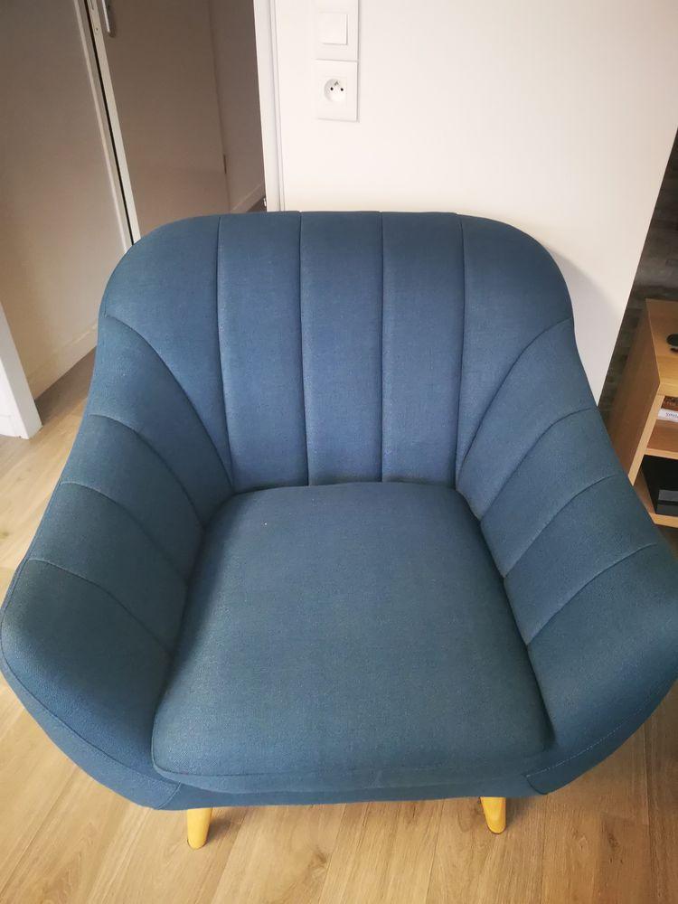 Ensemble canapé 2 places et fauteuil ALINEA 400 Courtry (77)
