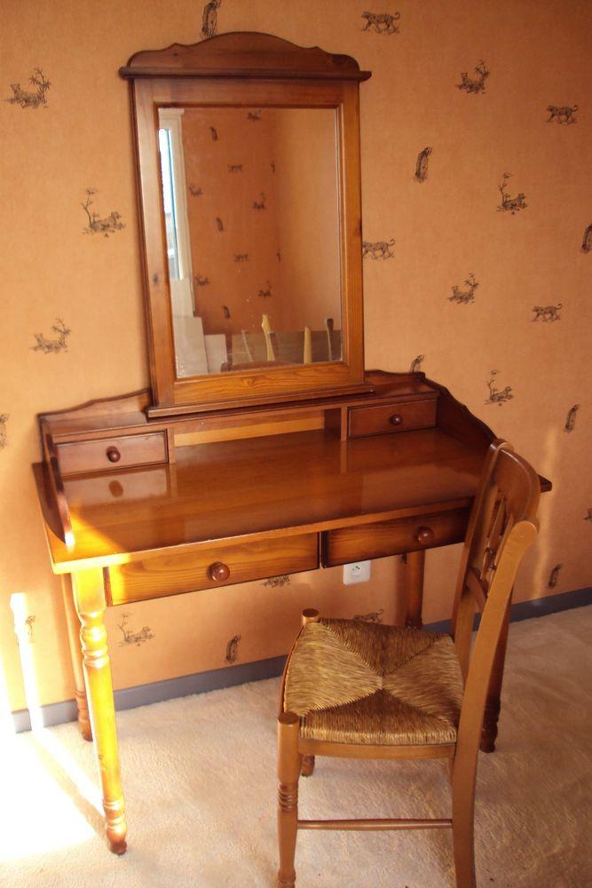 Ensemble coiffeuse-miroir-chaise 150 Hazebrouck (59)