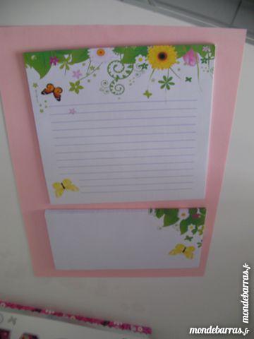 ENSEMBLE COURRIER Papier+enveloppes imprimé fleurs Livres et BD