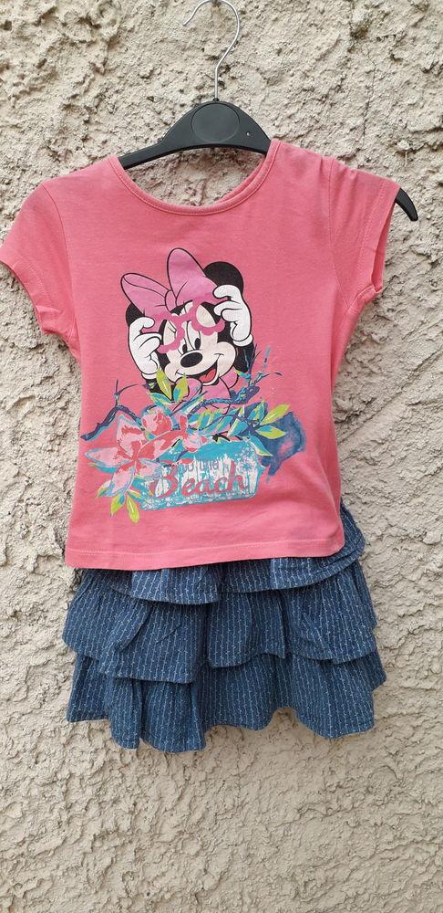 Ensemble jupe bleue et T-shirt rose Minnie Disney 6 Toulon (83)
