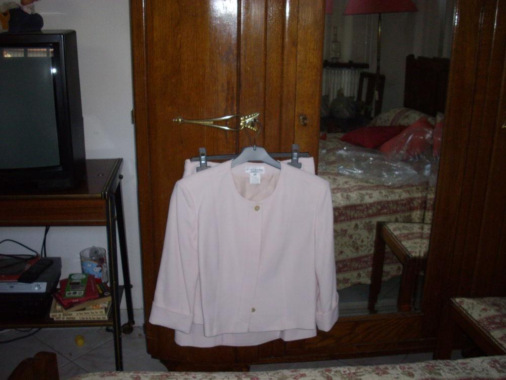 ensemble jupe + veste 0 Agen (47)
