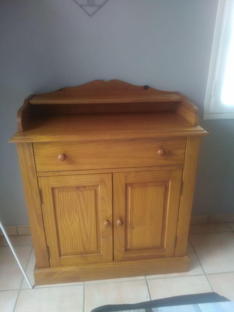 ensemble de meubles en pin ciré 0 Saint-Gervais (85)