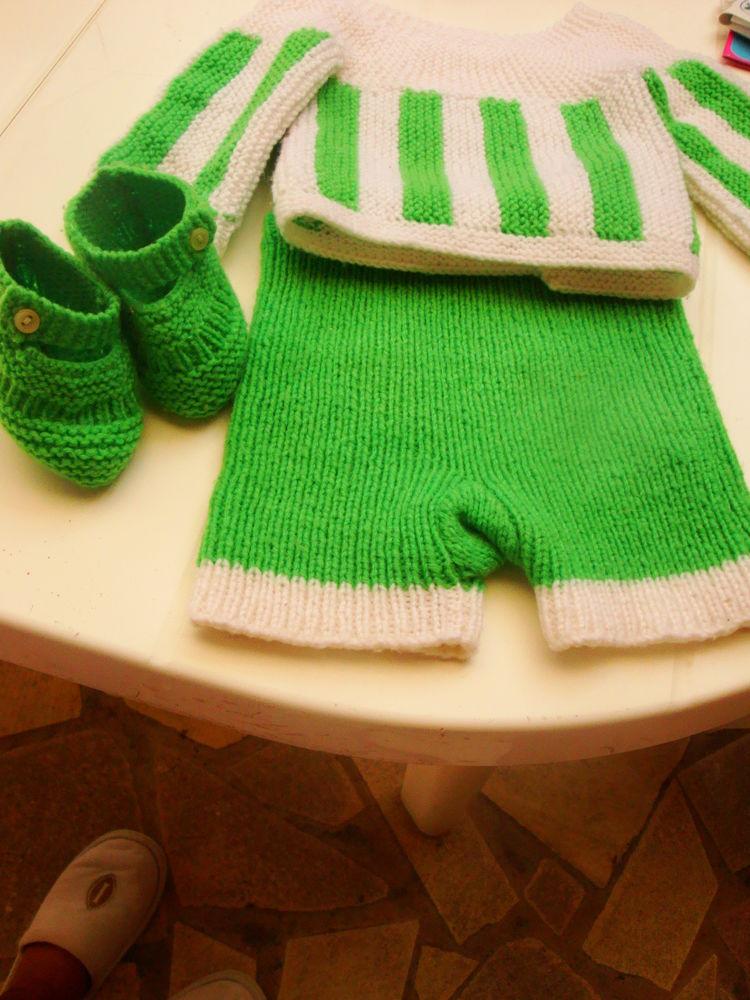 Ensemble 3 pièces veste pantalon et chaussons 5 Nimes (30)