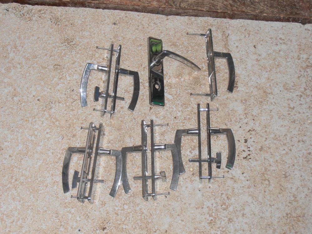 Ensemble de porte poignee diametre 165mm  10 Rethel (08)