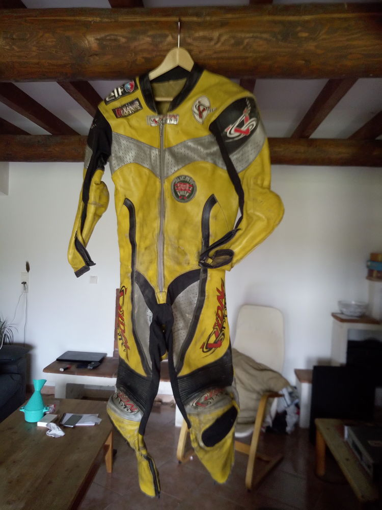 ensemble pour sport moto piste Sports