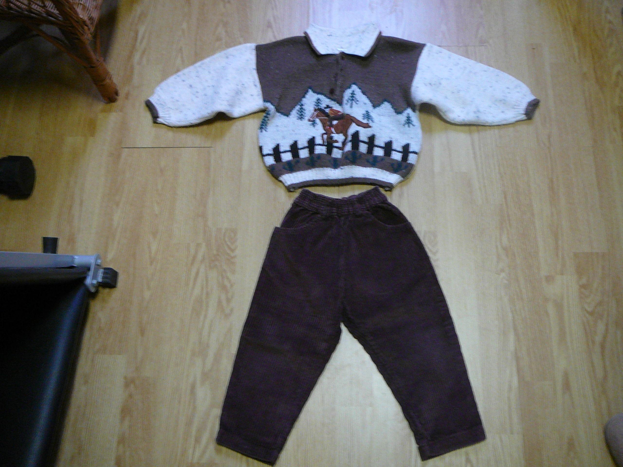 ensemble pull et pantalon 8 Bourbourg (59)
