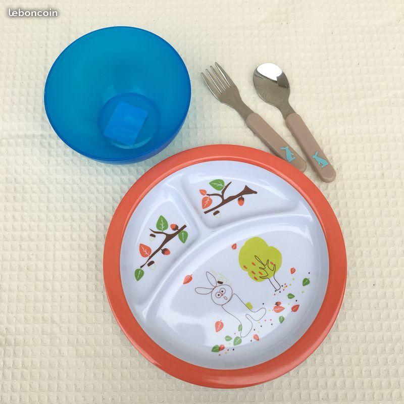 Ensemble repas Bébé 1er âge. Assiette + Bol + Couverts 5 Niort (79)