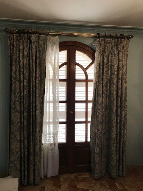 ensemble rideaux couvre lit Achetez ensemble rideau   occasion, annonce vente à Cagnes sur Mer  ensemble rideaux couvre lit