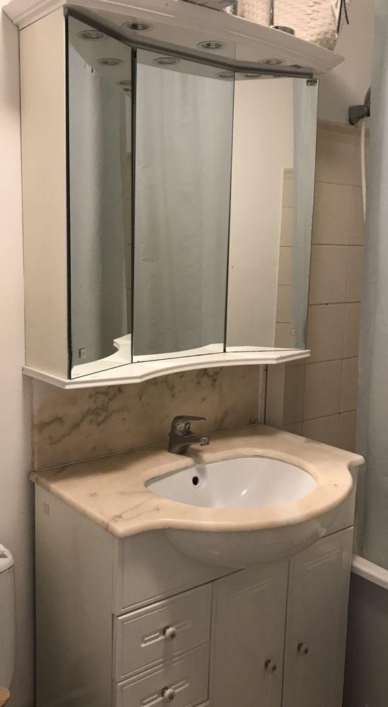 Ensemble salle-de-bain laqué blanc marbre en l'état 65 Saint-Gratien (95)