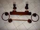 Ensemble salle de bains en bois. 50 Uzès (30)