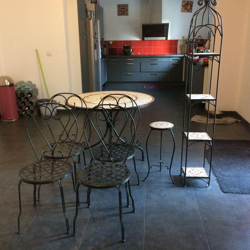 Ensemble table chaise étagère guéridon en mosaique 250 Orléans (45)