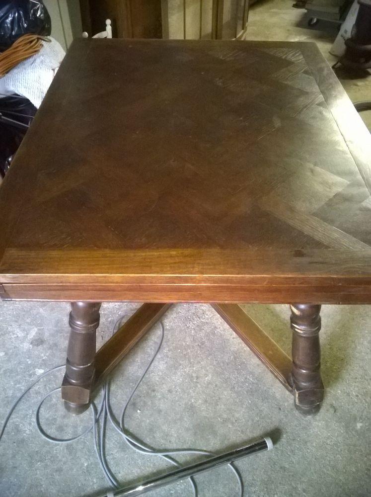 Ensemble table et chaises style  breton  100 Breuillet (91)