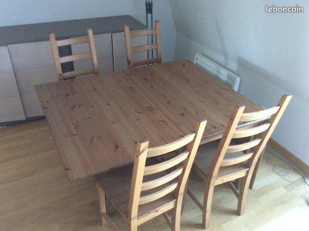 Ensemble Table et 4 chaises 190 Deuil-la-Barre (95)
