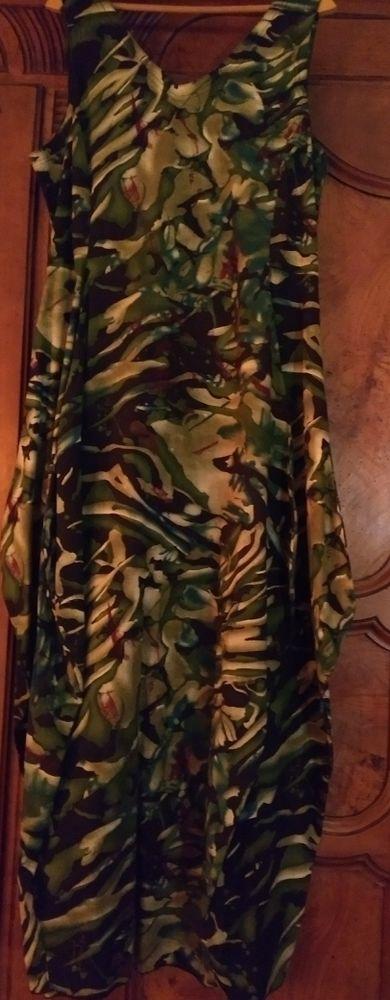 ensemble très original veste e robe a soufflets TERRACOTTA 60 Aurec-sur-Loire (43)