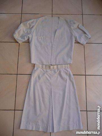 Ensemble veste & jupe Seersucker bleu & blanc T.36 15 Montigny-le-Bretonneux (78)