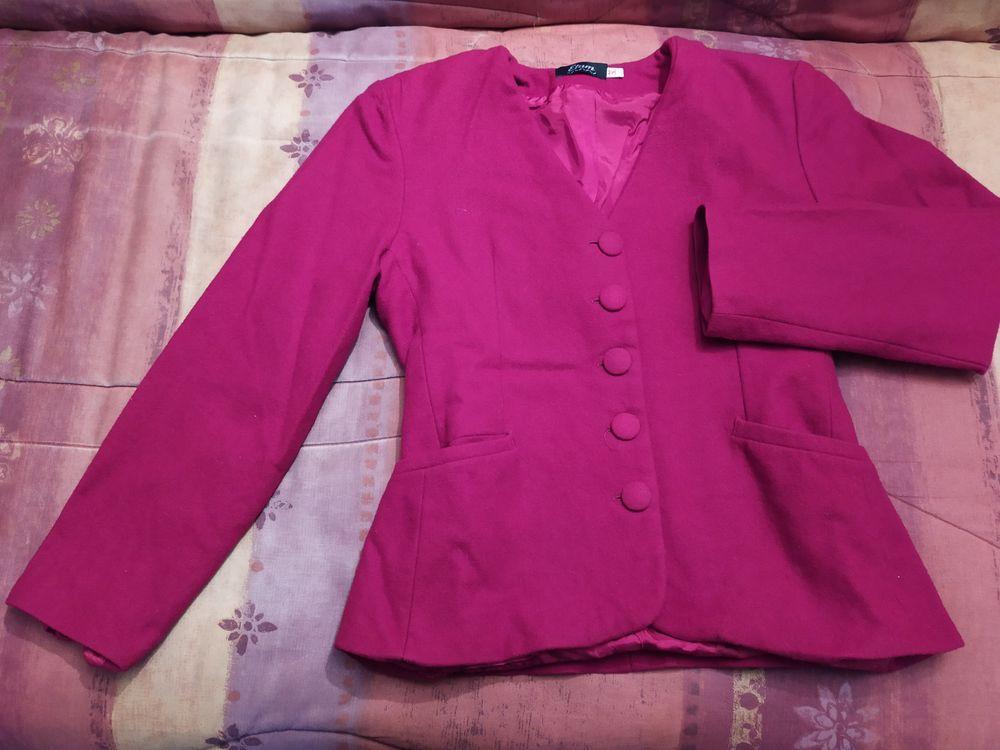Ensemble veste 2 jupes / Tailleur en laine Femme 36 8 Tournefeuille (31)