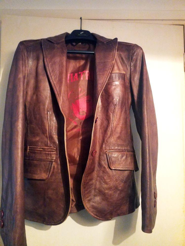 Ensemble veste et pantalon cuir camel. Blouson cuir marron 350 Lille (59)