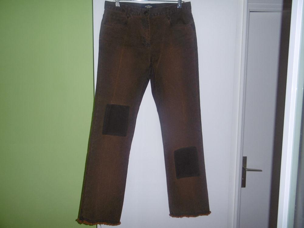 Ensemble veste pantalon T. 42   5 Lorient (56)