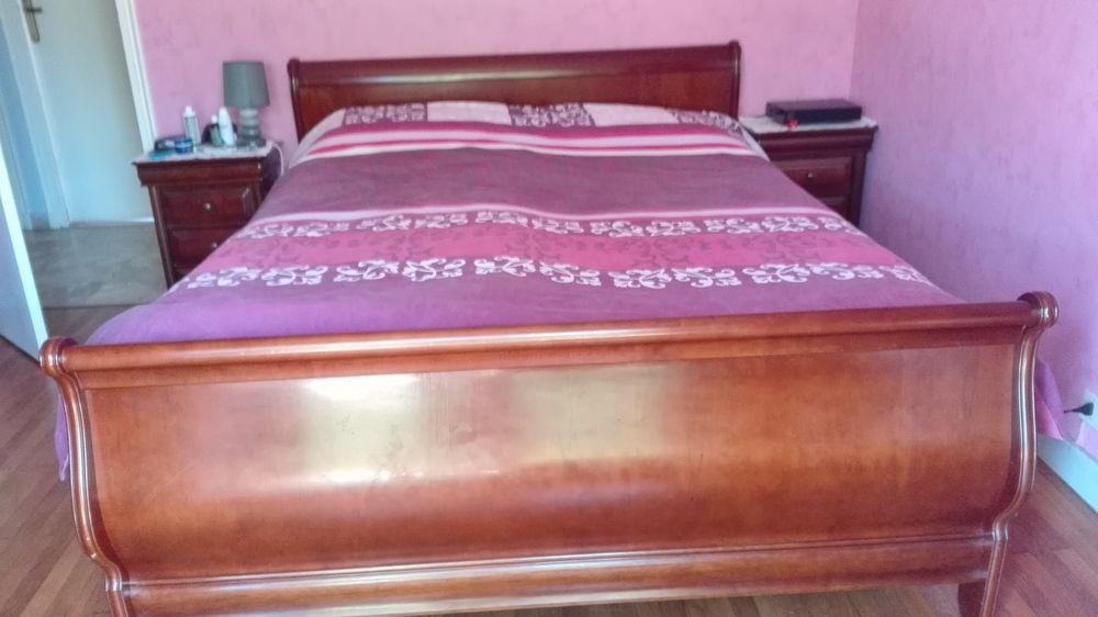 lits occasion d cines charpieu 69 annonces achat et. Black Bedroom Furniture Sets. Home Design Ideas