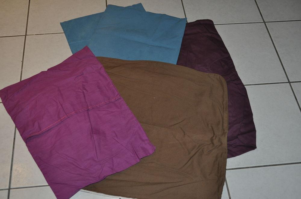 Lot enveloppes de coussins assortiment  5 Perreuil (71)