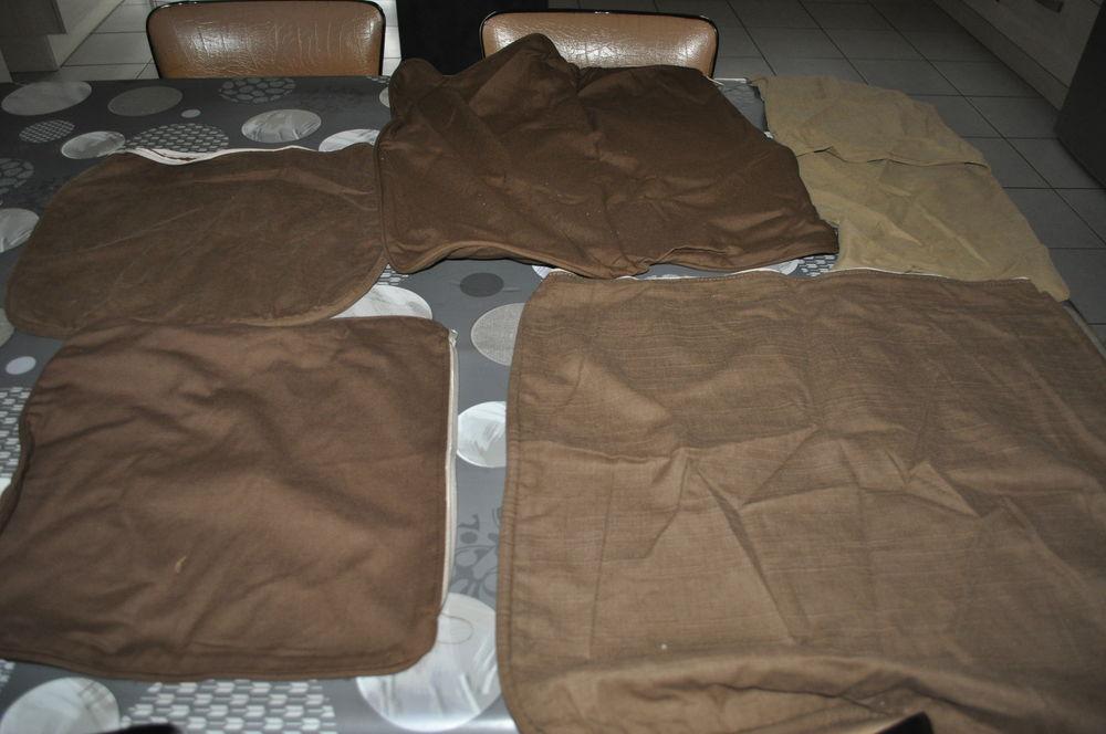 Enveloppes pour coussins neufs Décoration