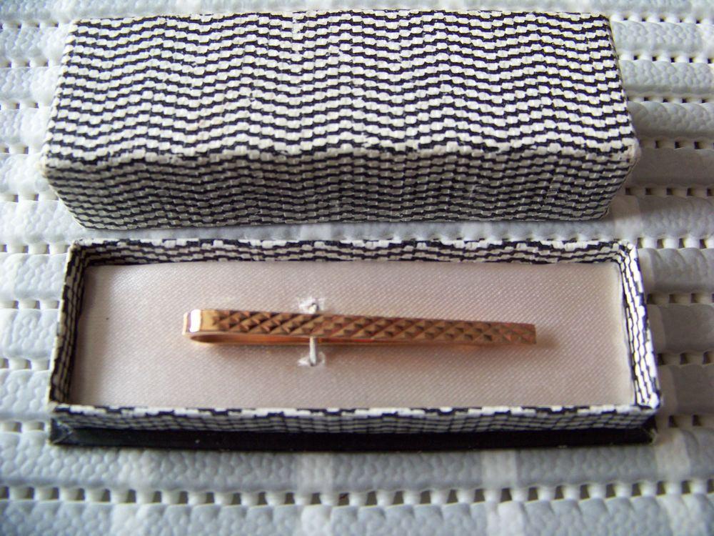 Epingle de cravate ancienne 10 Saint-Jean-de-Thouars (79)