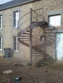 escalier metalique helicoidal