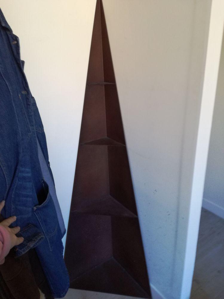 Étagère d'angle en métal (prix négociable) 75 Asnières-sur-Seine (92)