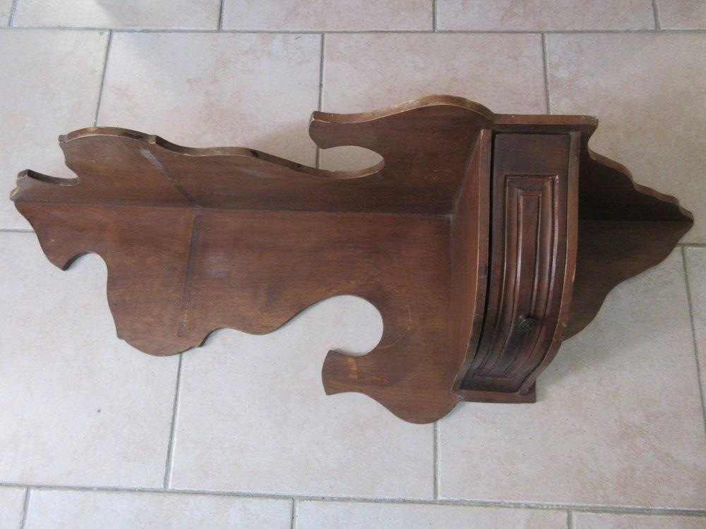 Etagère d'angle à tiroir 0 Grasse (06)