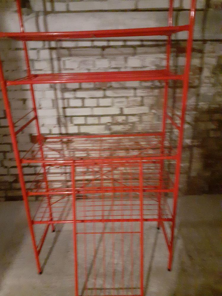 Etagere metal rouge.pour cave ou garage 15 Loos (59)